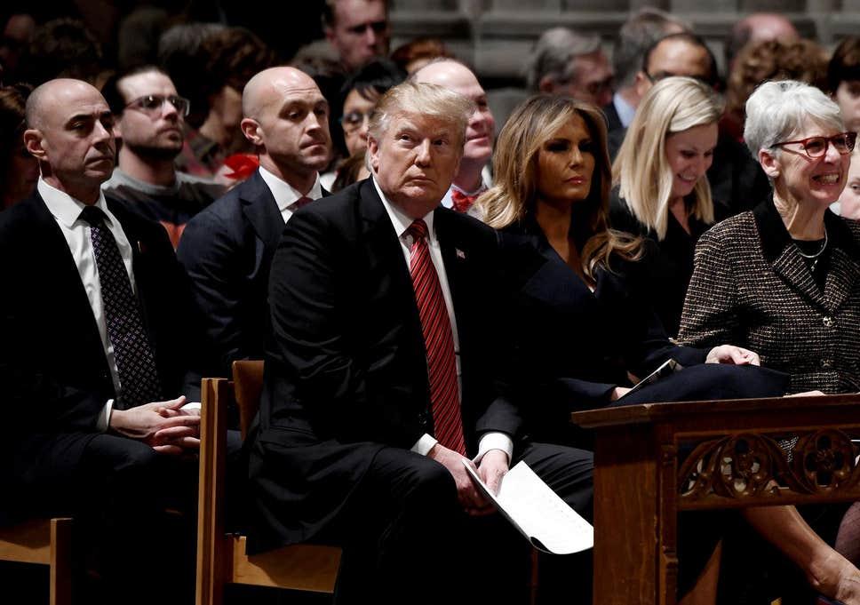 تصویری از ترامپ در کلیسا