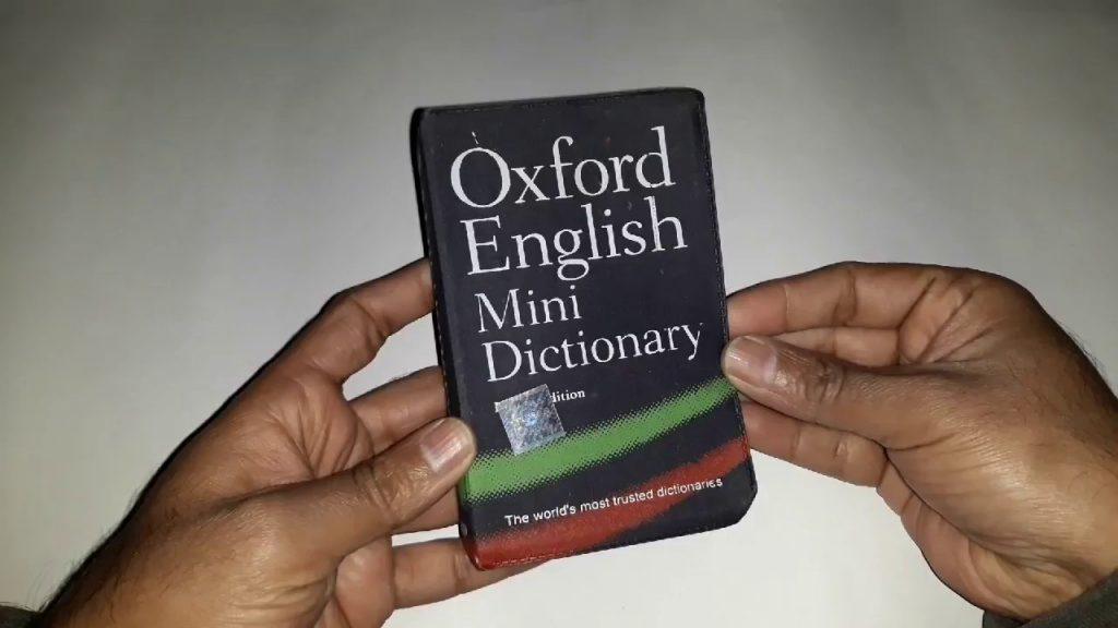 لغت نامه جیبی کوچک برای ترجمه