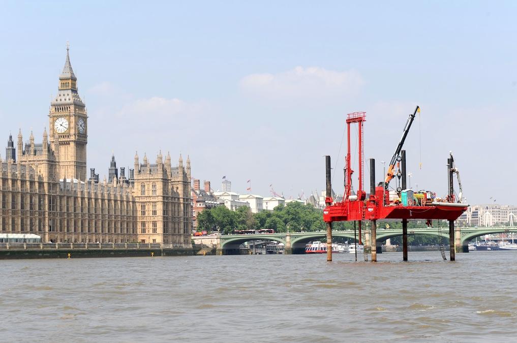 خصوصی سازی آب شهری در انگلیس