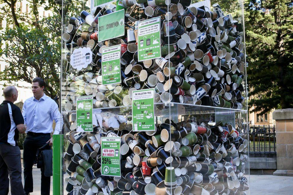 تبدیل ظروف بازیافتی به کود